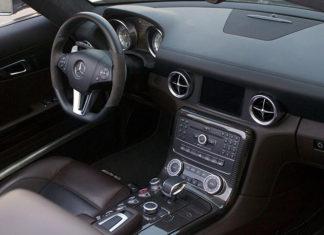 Czyszczenie tapicerki w samochodzie