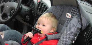 Jak zapewnić bezpieczeństwo dziecka w podróży?
